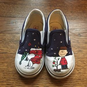 Vans toddler Christmas peanut shoes, 6.5